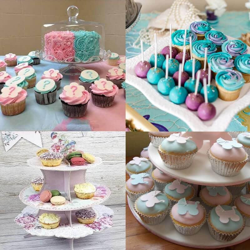 Exemple d'un buffet décoré de cupcakes et d'aliments pour une baby shower