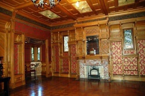 Photo de l'intérieur de l'une des pièces de la maison Winchester