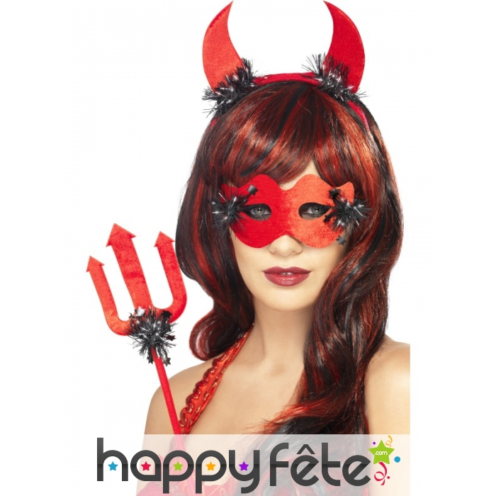 Kit diablesse rouge - Maquillage halloween diablesse femme ...