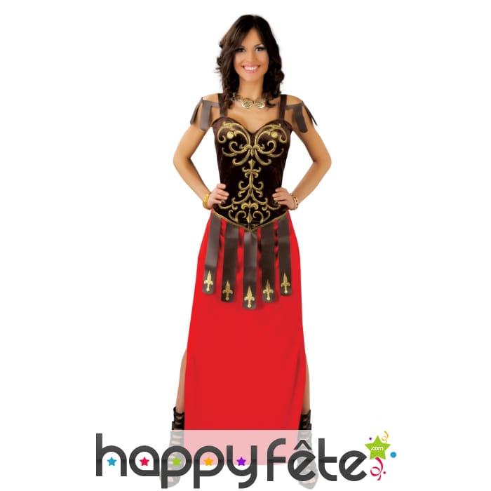 Longue Robe Rouge Bustier De Romaine