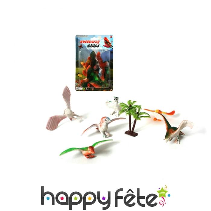 Petits aigles et arbre en plastique for Arbres en plastique artificiels