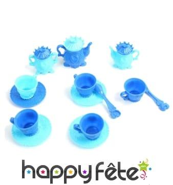 14 à 15 pièces de dinette bleues