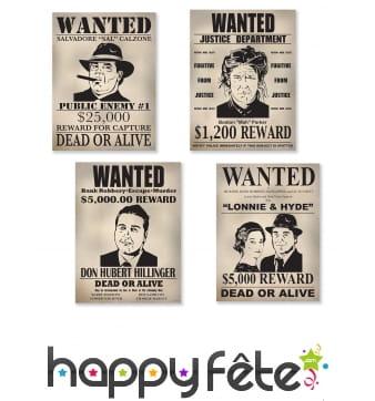 4 affiches Wanted en carton de 39cm