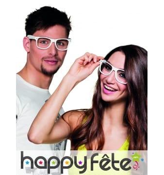 4 paires de lunettes blanches type intello