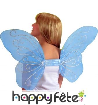 Ailes de papillon bleues avec paillettes