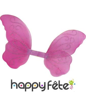 Ailes de papillon rose avec paillettes