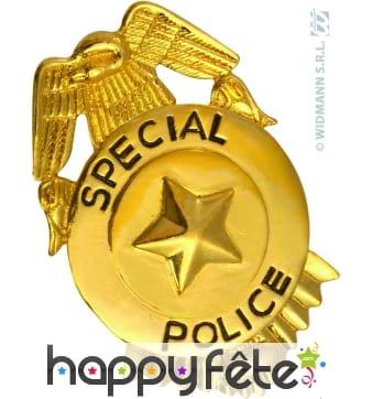 Badge de policier en métal