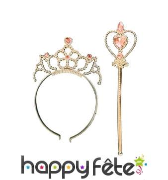 Bâton de petite princesse rose avec couronne