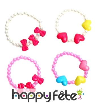 Bracelet de perles en plastique pour petite fille