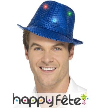 Chapeau à sequins bleus lumineux