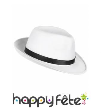 Chapeau blanc avec ruban noir, pour adulte