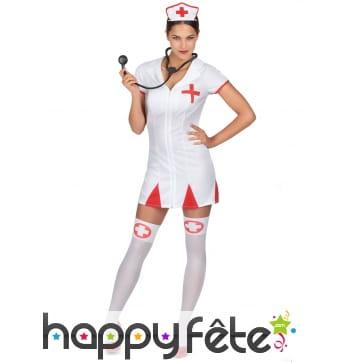 Combinaison blanche courte d'infirmière sexy