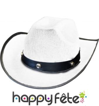Chapeau blanc de cowboy