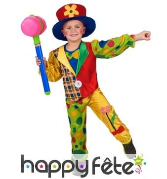 Costume coloré de petit clown avec motifs