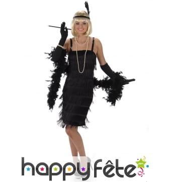 Costume charleston noir recouvert de franges