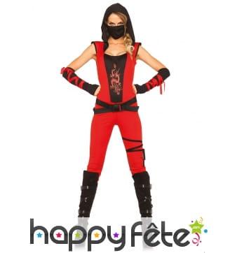 Combinaison de femme ninja rouge