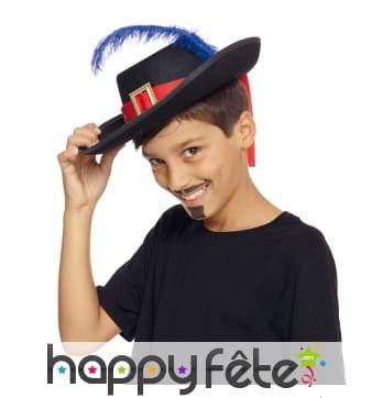 Chapeau de mousquetaire pour petit garçon