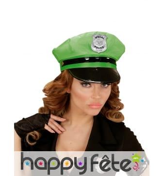 Casquette de police verte