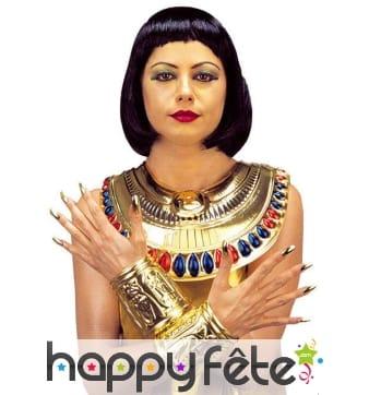 Collier et manchettes égyptiennes