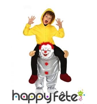 Carry me à dos de clown tueur pour enfant