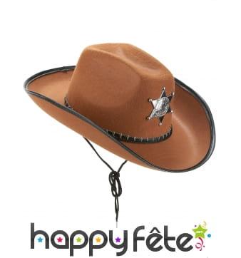 Chapeau marron de sherif avec étoile