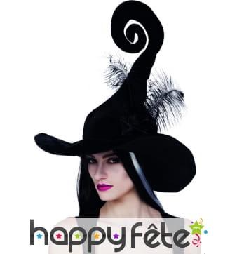 Chapeau noir de sorcière pointe spirale