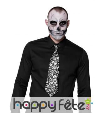 Cravate noire imprimé tête de mort