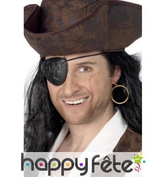 Cache oeil et boucle d'oreille pirate