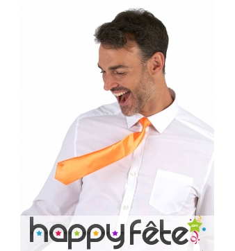 Cravate orange fluo, attache élastique