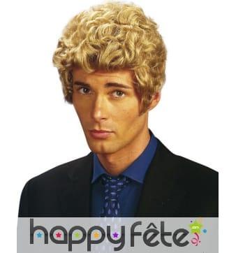 Courte perruque blonde bouclée pour homme