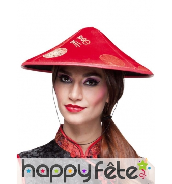 Chapeau pointu chinois rouge