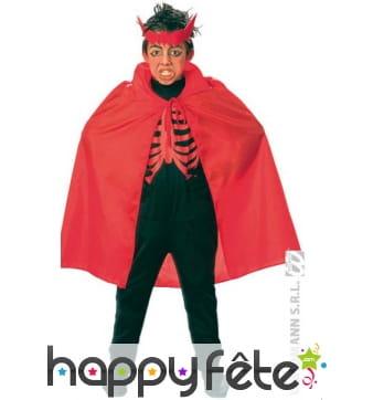 Cape pour enfant de couleur rouge en nylon