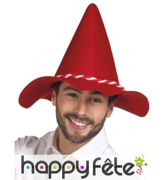 Chapeau pointu rouge de bavarois