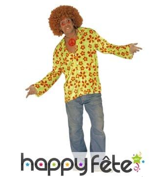 Chemise verte hippie avec fleurs imprimées