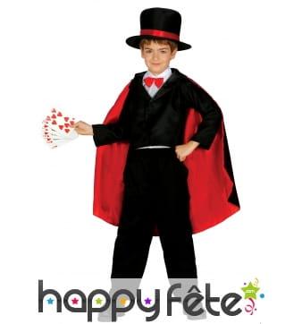 Déguisement avec cape de petit magicien