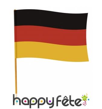 Drapeau de l'Allemagne sur manche 70 x 90 cm