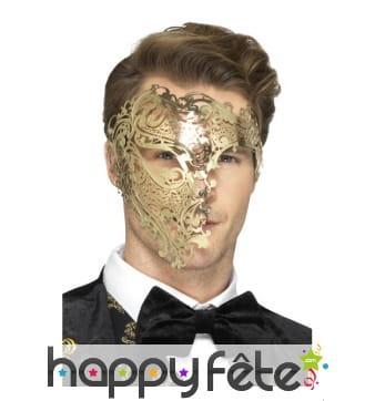 Demi-masque doré en filigrane fantôme de l'opéra