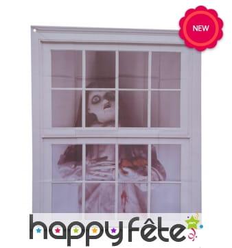 Décor poupée tueuse pour fenêtre, 90x75cm