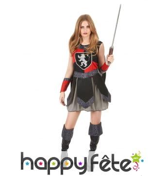 Déguisement robe de femme chevalier médiéval