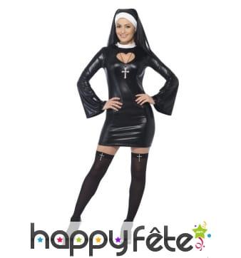 Déguisement sexy de religieuse effet latex
