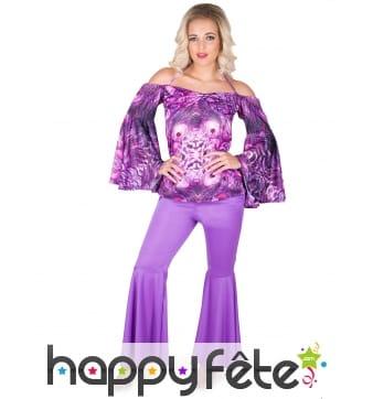 Ensemble disco violet avec motifs, épaules nues