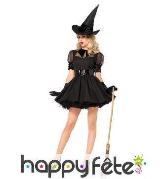 Elégante robe courte noire de sorcière