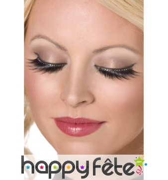 Faux cils glamour