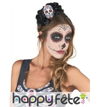 Fleur et crâne Dia De Los Muertos sur serre tete