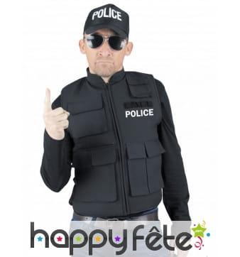 Faux gilet pare-balles de policier