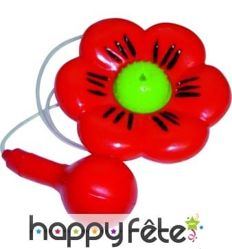 Fleur lance eau de clown farceur