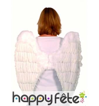 Grandes ailes d'ange en plumes blanches