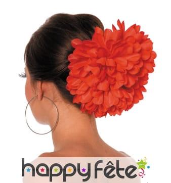 Grosse fleur rouge pour cheveux sur barette