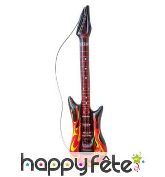 Guitare gonflable décorée de flammes