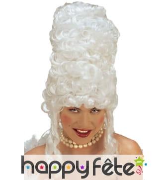 Haute perruque blanche de Marie Antoinette